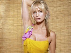 Facebook Hot Sexy Izabella Scorupco 22 pictures, Hot Sexy